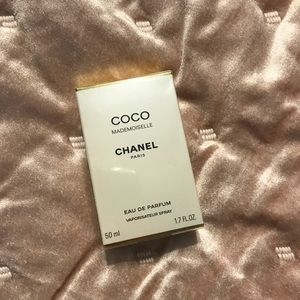 Other - Mademoiselle chanel